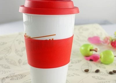 ceramic cup with silicon lid 3