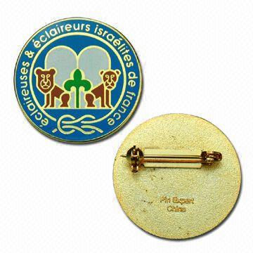 pins-and-badges-5